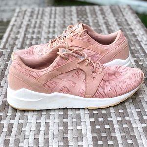 ASICS Tiger Komachi pink fashion sneaker size 9.5